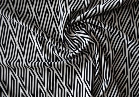 Badeware schwarz weiß Streifenmuster