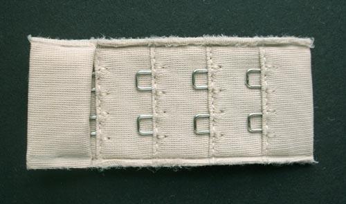 Verschluss  Farbrichtung graubeige 30mm