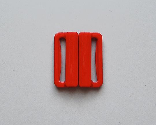 Bikiniverschluss Kunststoff Farbrichtung satt rot 20mm