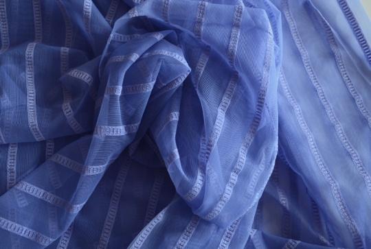 Wäschetüll blau mit Streifen