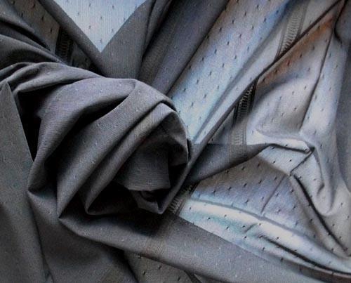 Strukturgewirk schwarz mit Tupfen und Streifen Meterware