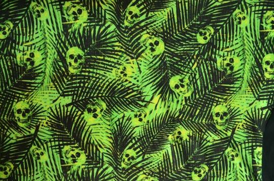 Badeware schwarz grün Totenköpfe