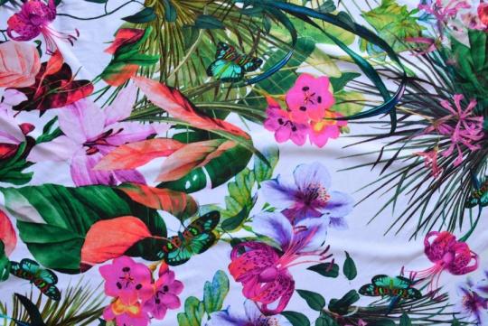 Badeware weiß grün rosa Blumen Blätter Schmetterling