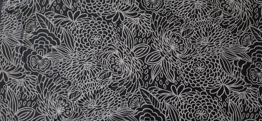 Badeware schwarz weiß Flock Blumenmuster