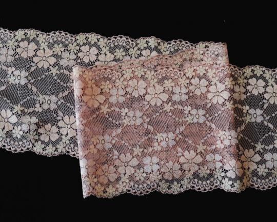 Spitzenband alt rosa 16,8cm Meterware