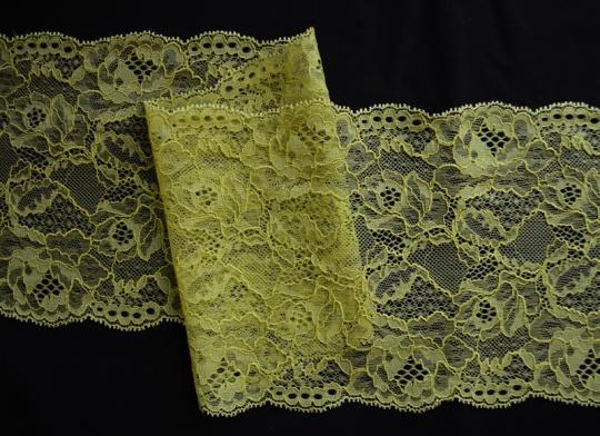Spitzenband grün 16,5cm