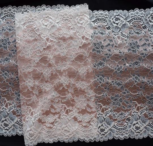 Spitzenband rosa 27,5cm
