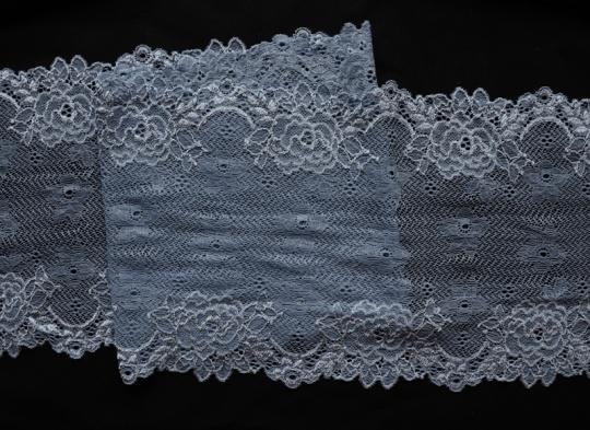 Spitzenband blau- grau 18cm
