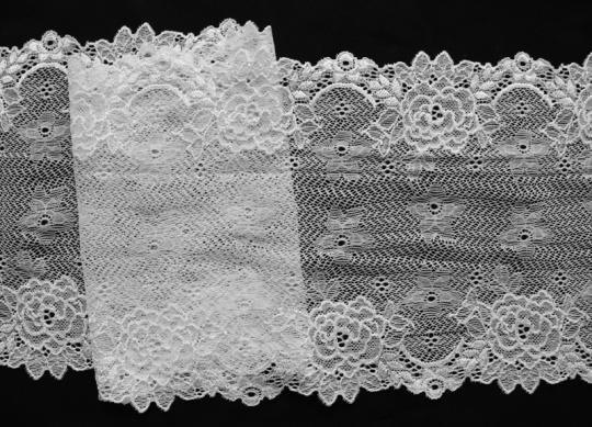 Spitzenband weiß 18cm