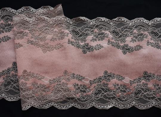 Spitzenband rosa 21cm