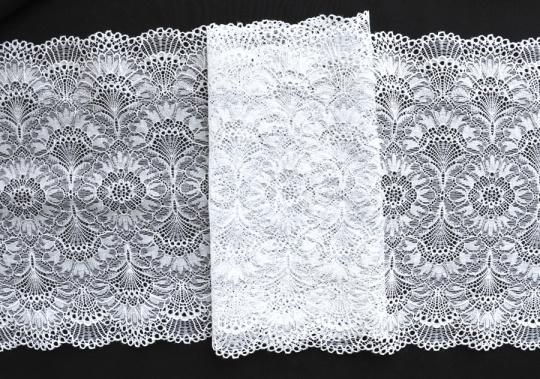 Spitzenband weiß 22cm