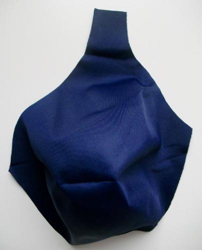 gemoldetes Mikrofaser - Cup blau marine 115B